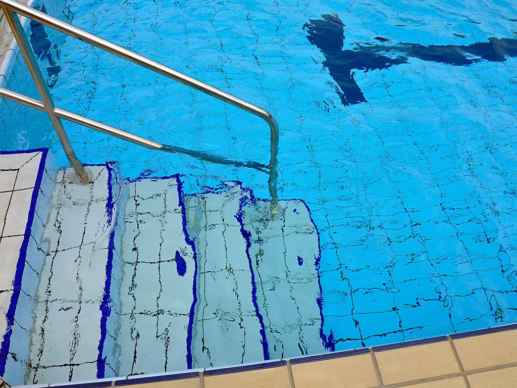 works include restoration and repair of underwater tiles